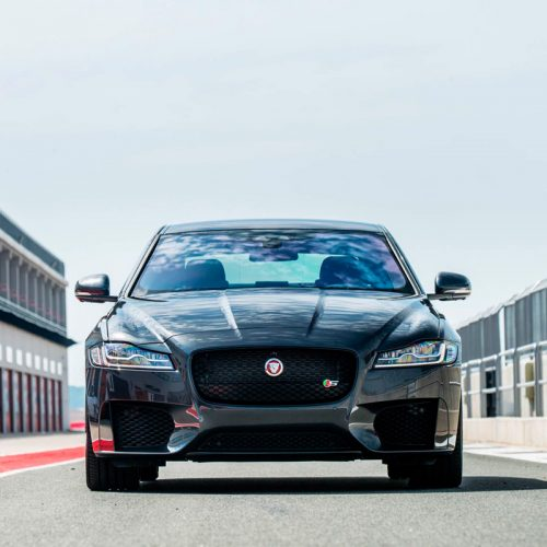 square-Jaguar_XF02
